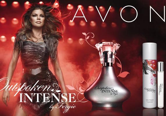 Már az Avon Outspoken nevű parfümjét is imádtuk, az Outspoken Intense azonban még lágyabb, még virágosabb, és, ha lehet, még szexisebb illat!