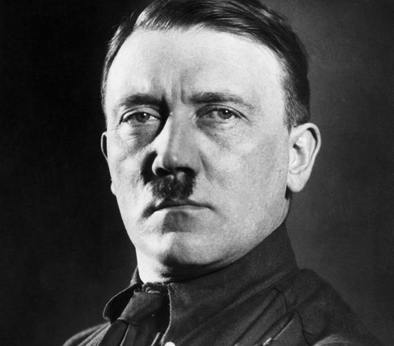 A világ leggonoszabbnak tartott férfija, Hitler jellegzetes bajuszt hordott, mely szintén diktatúrájának jelképévé vált.