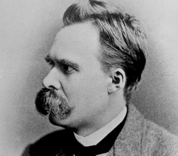 A német filozófus, Friedrich Nietzsche, aki kimondta, hogy Isten halott, hatalmas bajuszáról is ismert volt.