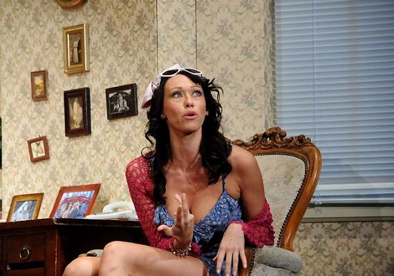 Bobbi Michele szerepében Gallusz Nikit láthatod.