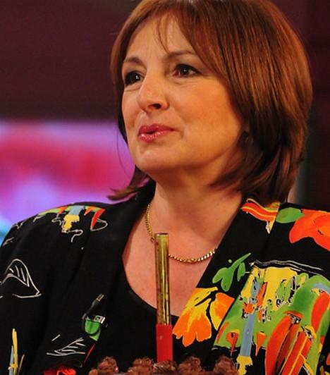 Endrei JuditA 60 éves Endrei Judit eredetileg tanárképzőre járt, de 1976-ban, 23 éves korában mégis a Magyar Televízióhoz került, ahol bemondónőként tevékenykedett egészen 1998-ig. Több dokumentumfilm és televíziós műsor készítésében közreműködött, és nagy szívügye a szentendrei kulturális élet.