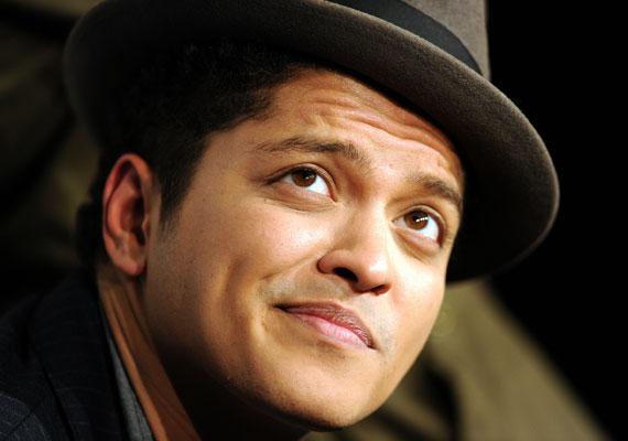 Bruno Marsnak a félmosoly a szexepilje, de ha beköltözik az új lakásba, biztosan teli szájjal vigyorog majd.