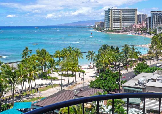 Bruno Mars a csodálatos Honoluluban született, így ösztönösen vonzódik a szép helyekhez.