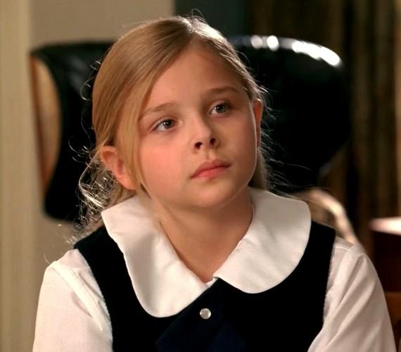 Chloe jellegzetes arcvonásai egészen kicsi kora óta megvannak, csak érettebbé váltak.
