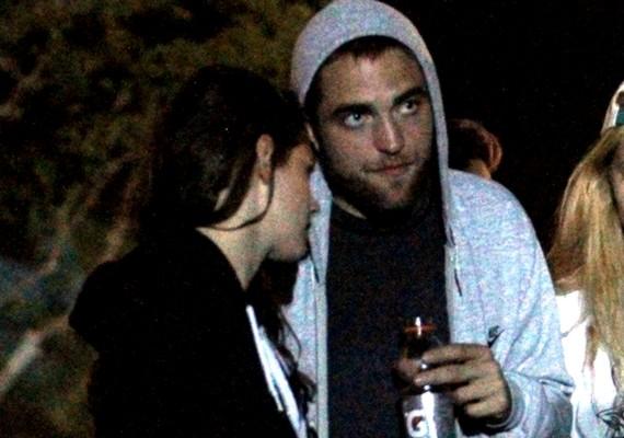 Most már biztos, hogy Kristen Stewart és Robert Pattinson között minden rendben: ők is tiszteletüket tették a fesztiválon, együtt.