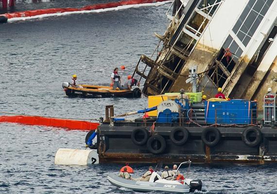 Az első tíz óra alatt semmilyen környezetszennyezés nem történt, de a hajó megfordításakor elkerülhetetlen, hogy szennyező anyagok ömöljenek a tengerbe.