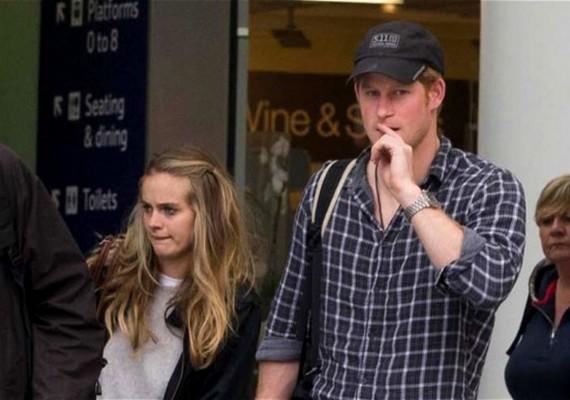 Harry azonban kitartó kérőnek bizonyult, és megvárta, míg barátnője végre igent mond.