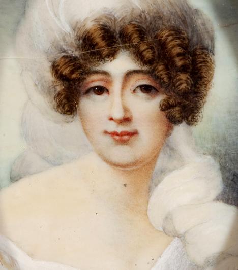 Marie WalewskiA lengyel származású nemeskisasszony Napóleon szeretőjeként és élettársaként vált ismertté. Azonban a lány ennél jóval több volt. Bár maga is férjhez ment, és Napóleonnak is több felesége volt, mindvégig kitartott a császár mellett, Elba-szigeteki száműzetése során is támogatta.