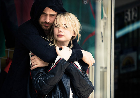A Blue Valentine egy szerelem története, a főszerepben: Michelle Williams és Ryan Gosling.