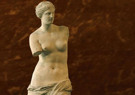 Az ókorban már a test arányossága a legfontosabb, de a milói Vénusz is teltkarcsú és lágy.