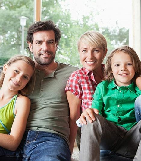 Családi adókedvezmény  A kormány idén döntött a családi adókedvezmény lehetőségeinek kiterjesztéséről. A döntés értelmében az érintettek a kedvezménynek a 16 százalékos személyi jövedelemadóból igénybe nem vett részét a 7 százalékos egyéni egészségbiztosítási járulékból és a 10 százalékos nyugdíjjárulékból is igénybe tudják venni.