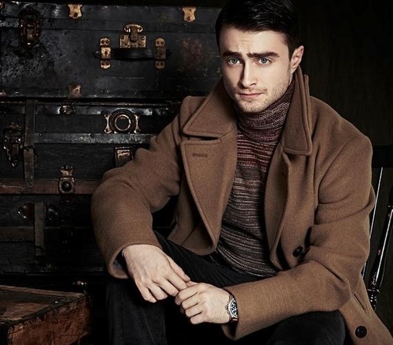 A Harry Potter-filmek szemüveges kisfiúja borostás férfivá cseperedett.