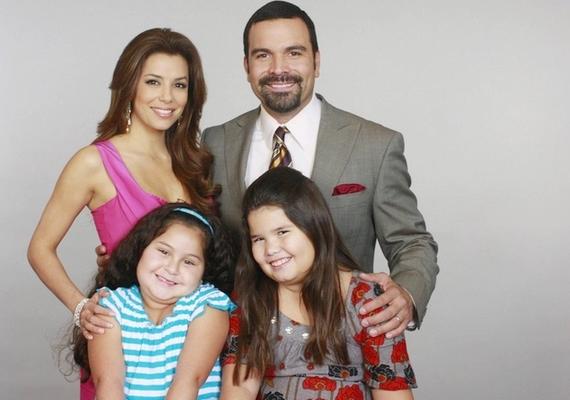 A Született feleségeken kívül a lány játszott még a Rossz tanár című filmben is, és olyan Disney-sorozatokban kapott epizódszerepeket, mint a Sonny, a sztárjelölt vagy a Sok sikert, Charlie!