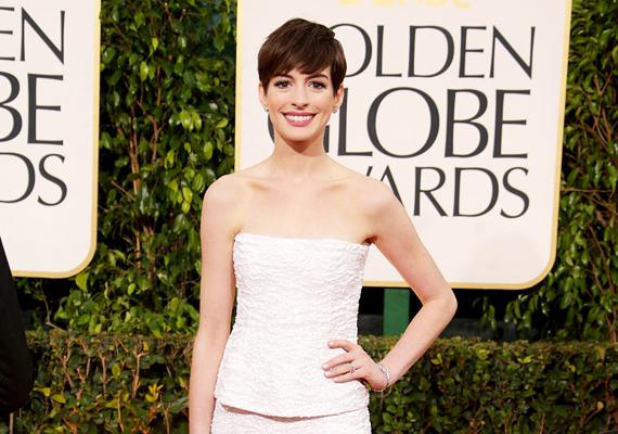 A mindig mosolygós Anne Hathawayt sem kímélte a betegség, sőt, még bonyolultabbá tette, hogy a színésznő mindemellett állandó szorongással is küszködött. Saját bevallása szerint édesanyjának köszönheti, hogy sikerült ebből kilábalnia.