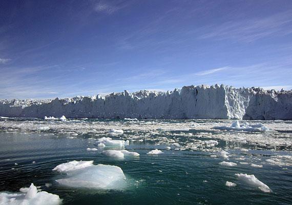 2009 áprilisában egy New York méretű jégtábla szakadt le a sziget testéről.