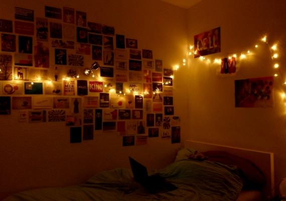 Világítsd meg az égősorral a képeket a falon!