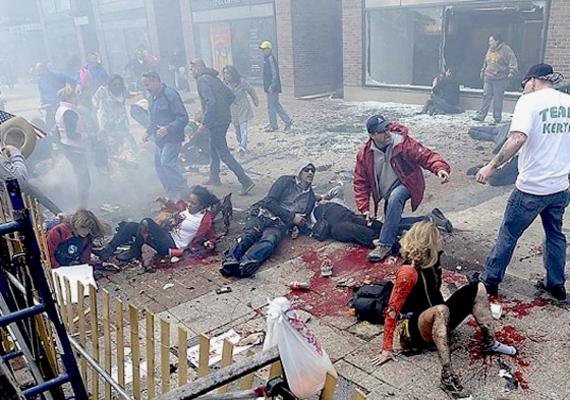 A bostoni merénylet, amelyben három ártatlan ember halt meg, köztük egy rendőr.