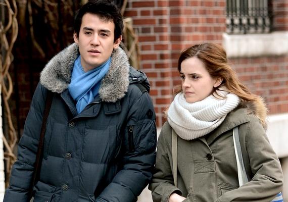 Emma és Will Adamovicz több mint két évig voltak együtt, és már a közelgő esküvőről szóló pletykák is megjelentek. A pár állítólag Emma sűrű teendői miatt szakított.