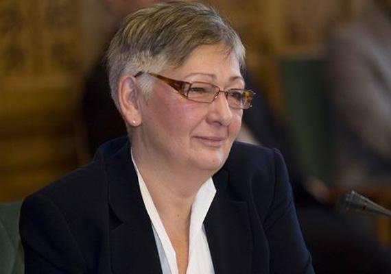A nemzeti fejlesztési miniszter, Németh Lászlóné eddig hét napot utazott, ami körülbelül 1 milliót vitt el.