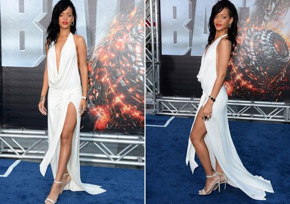 Rihanna a Csatahajó premierjére választotta ezt a merész, de gyönyörű fehér ruhát, amit Adam Selman tervezett.