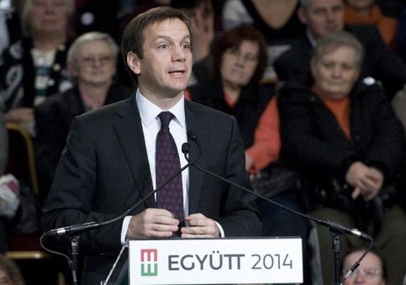 Az Együtt-PM elnöke, Bajnai Gordon még február 9-én, egy héttel korábban tartotta meg beszédét. A volt miniszterelnök elmondta, hogy hamarosan pártot fognak alapítani. Elmondása alapján az Orbán-kormány reménytelenséget hozott az országra, amivel szemben a remény koalícióját kell létrehozni.