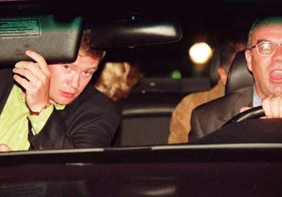 Diana hercegnő halálért sokan a lesifotósokat okolják. Állítólag ez volt az utolsó felvétel, ami a végzetes baleset előtt készült.