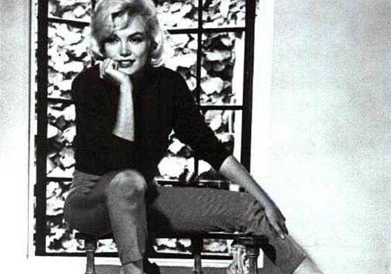 Marilyn Monroe-ról az utolsó felvételt a Life magazin munkatársa, Allan Grant készítette, miközben a szexszimbólum interjút adott neki az otthonában, 1962. július 7-én.