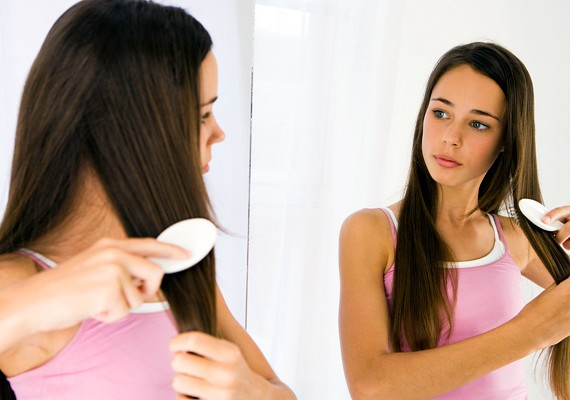 Az sem garancia a könnyű pasizásra, ha valaki feltűnően szép, mert a férfiak jó része nem is próbálkozik az elutasítástól való félelem miatt.