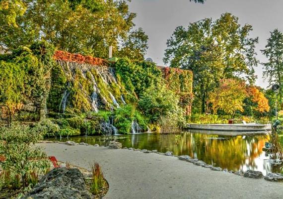 A margitszigeti Japánkertet is felújították, Tarlós István az átadáskor úgy nyilatkozott, hogy a terület japán hangulatát fokozó elemek újraélesztése és kiegészítése volt a cél az átépítés során.