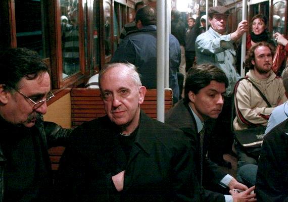 Ferenc pápa szerint az ateistákkal minden rendben van, sőt, a hívők és az ateisták értékes szövetségesek lehetnek.