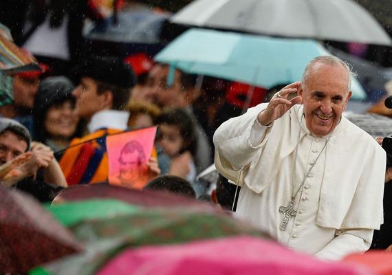 Ferenc pápa többször hangoztatta, hogy nagyobb szerepet szán a nőknek az egyházban, mert szerinte a nők missziót teljesítenek, és nem mellesleg első számú tanúi annak, hogy Jézus él.