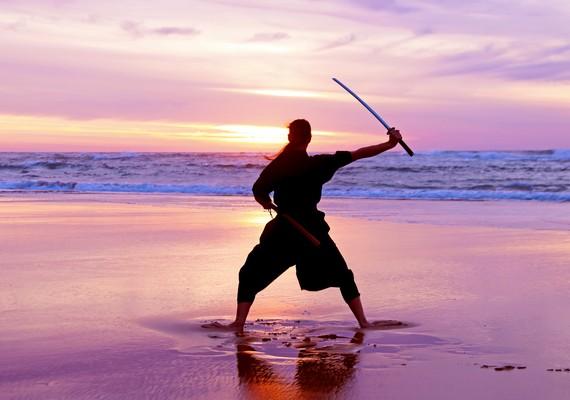 """""""Menstruálni olyan, mintha szamuráj lennél, és a saját kardod ölne meg."""""""