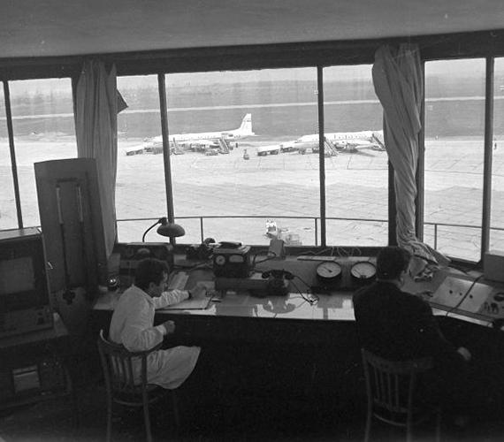 Irányítótorony belülről 1967-ben.