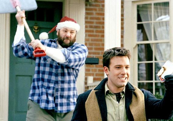 Illik a téli, karácsonyi hangulathoz a Túlélni a karácsonyt című vígjáték. Ben Affleck felbérel egy családot, hogy töltsék vele az ünnepet, de a helyzet nem úgy sül el, ahogy várta.