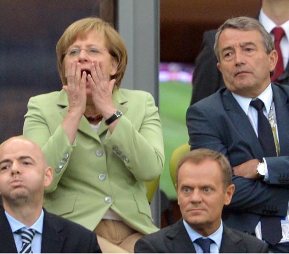 A görögök két gólt rúgtak.