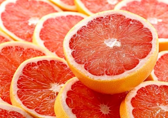 A grépfrút felgyorsítja a fogyást, és remek téli immunerősítő.