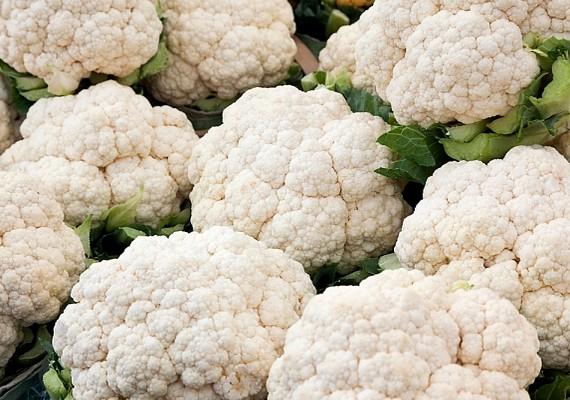 Szintén magas a C-vitamin-tartalma a karfiolnak, és alig van benne kalória.