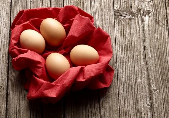 A tojás laktató, mégsem tartalmaz rengeteg kalóriát. Magas fehérjetartalma miatt nagyon egészséges.