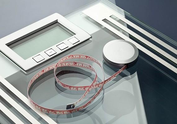 Ne állj túl gyakran a mérlegre! Ha naponta ellenőrzöd a súlyodat, úgy tűnhet, hogy nem adtál le semmit, és elveszted a motivációt.