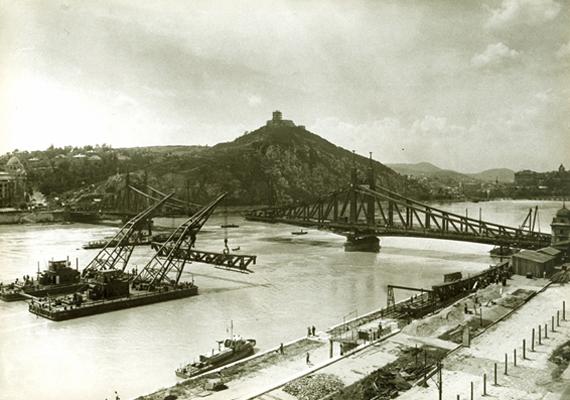 Beemelik a Szabadság híd elemeit.