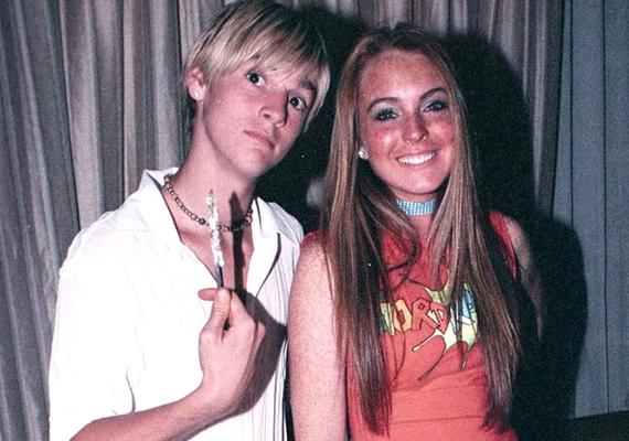 A 26 éves Aaron Carter és a 27 éves Lindsay Lohan évekkel ezelőtt jártak, de Hilary Duff bekavart: Aaron végül őt választotta.