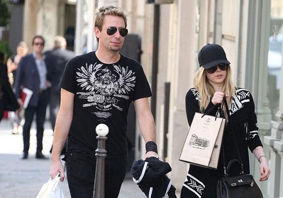 Avril Lavigne és a Nickelback énekese, Chad Kroeger már el is jegyezték egymást.