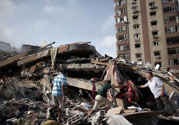 Az izraeli légierő lerombolta a térség második legmagasabb toronyházát is. A 13 emeletes épületben 70 család lakott, ám senki sem sérült meg a támadásban, mivel az izraeli hadsereg előre figyelmeztetett a csapásra.