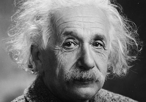 Albert Einstein 1921-ben fizikai Nobel-díjat kapott azaz elméleti fizikában elért eredményei miatt. Aztán eltelt 17 év, és a tudós kampányolni kezdett az atombomba létrehozása mellett: személyesen írt leveletFranklin D. Rooseveltnek, amelyben azt javasolta az amerikai elnöknek, hogy minden erővel támogassa a bomba előállítását. Roosevelt Einstein írásának köszönhetően adta be a derekát.