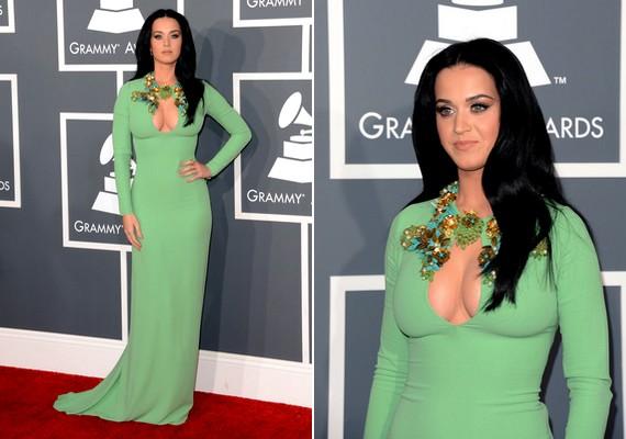 Katy Perry különleges kivágású, földig érő Gucci-ruhát viselt.