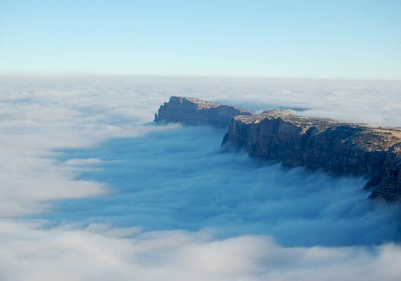 Szinte harapni lehetett a ködöt.