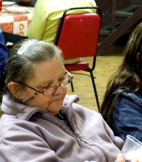Szomorúság  A hajléktalan nők többségének arcán mérhetetlen szomorúság látszik.
