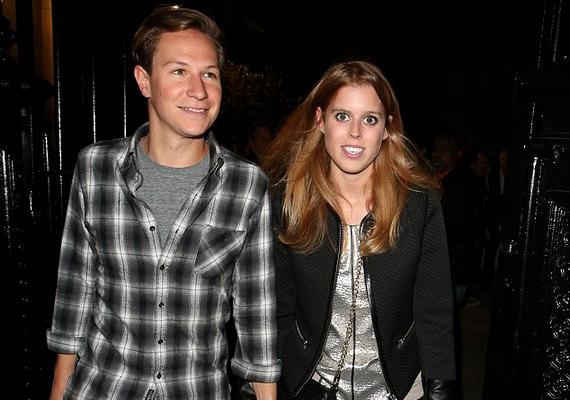 Nem Harry és barátnője volt az egyetlen előkelő pár az eseményen:Beatrice hercegnő és barátja,Dave Clark is megjelentek.