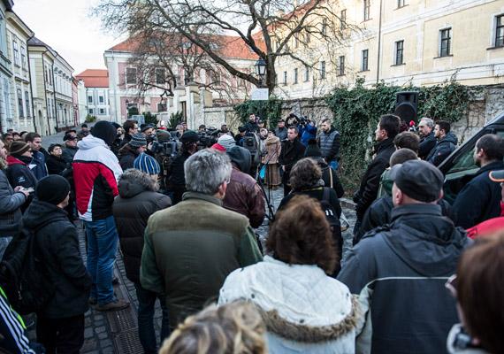 Ahogyan korábban mi is beszámoltunk róla, a vörösiszapper vádlottjait első fokon felmentette a Veszprémi Törvényszék. Ez ellen tüntettek az emberek Veszprémben.