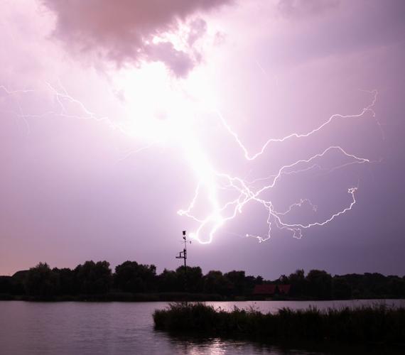 Csütörtökön az egész országban vihar volt.